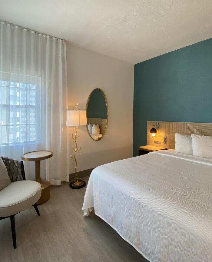 Marseilles Hotel Classic King