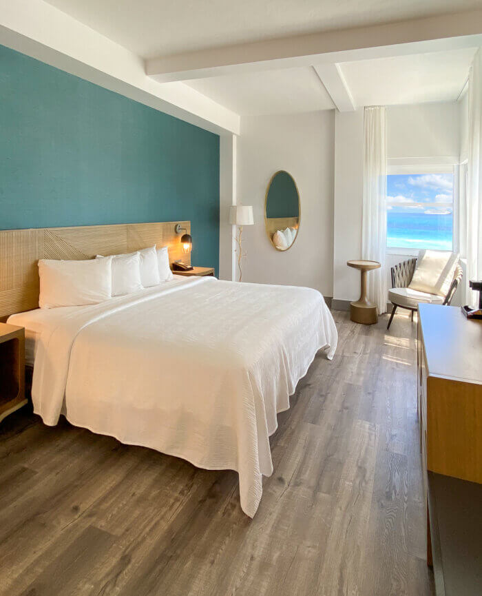 Marseilles Hotel Signature Ocean View King